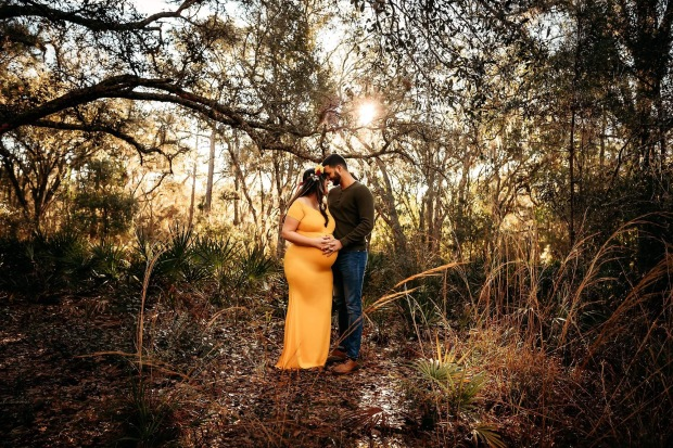 maternity outdoor session tampa florida